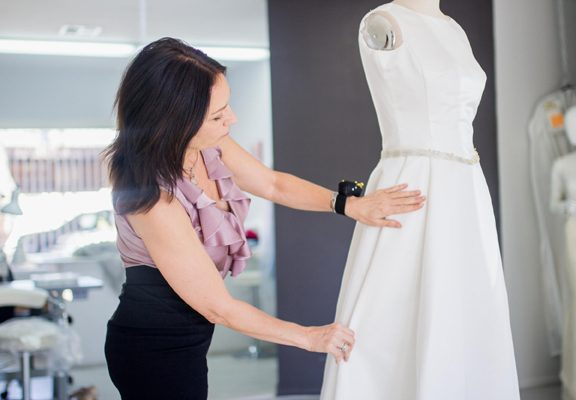 Avoid These Mistakes While Buying Your Bridal Gowns At Fashion Designers